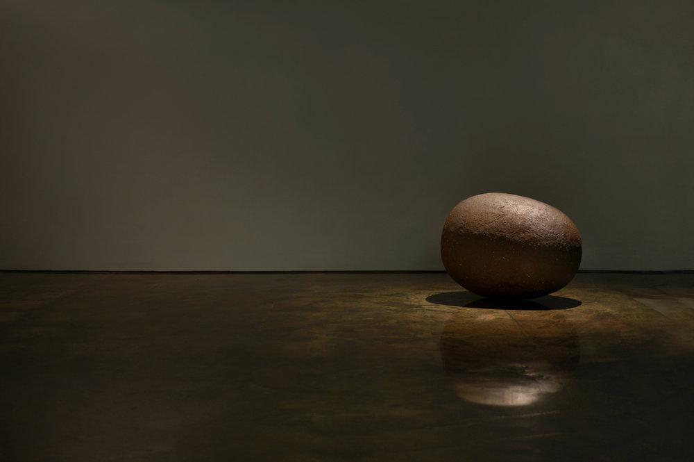 《つち》2008年 44.5 x 58 x 45 cm  Photograph by Ayaka Horiuchi