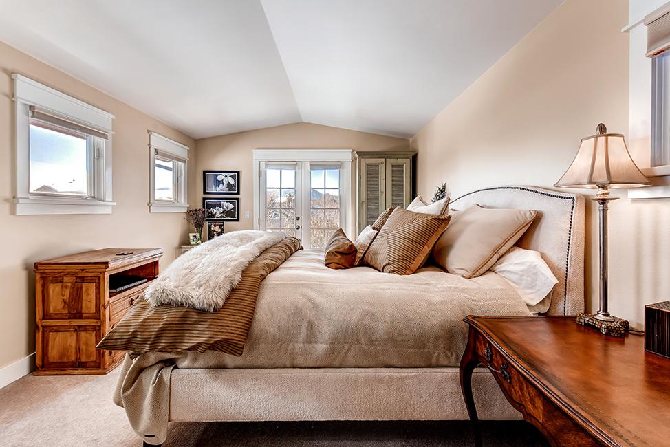 Skyway Bedroom.jpg