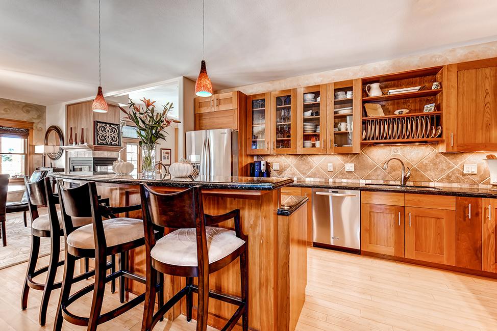 Skyway Kitchen 00.jpg