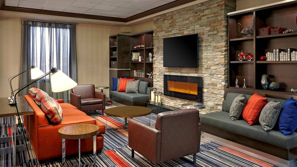 FourPointsWaterlooKitchener-FireplaceLounge.jpg