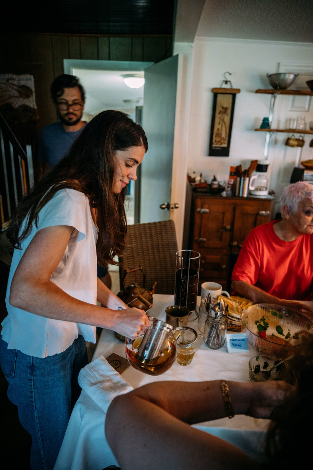 Jess Rothstein of Remedy demonstrating and sampling teas. Photo by Grace Boto.