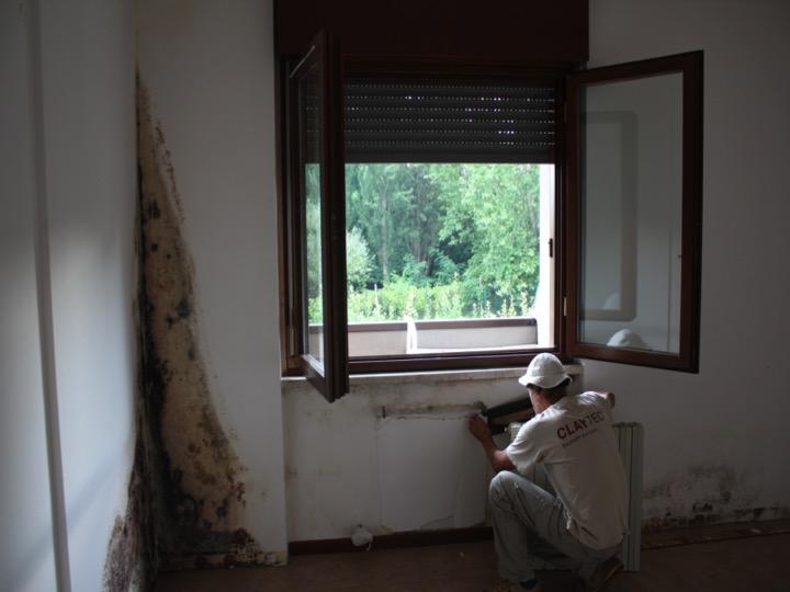 Problemi di muffa in un appartamento costruito nel 2000 a Verona