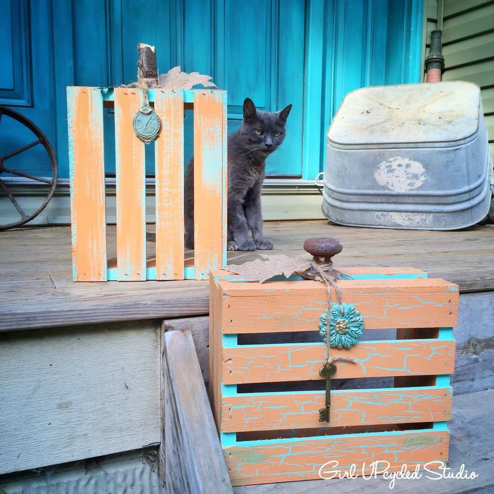 DIY Crackle Crate Pumpkin