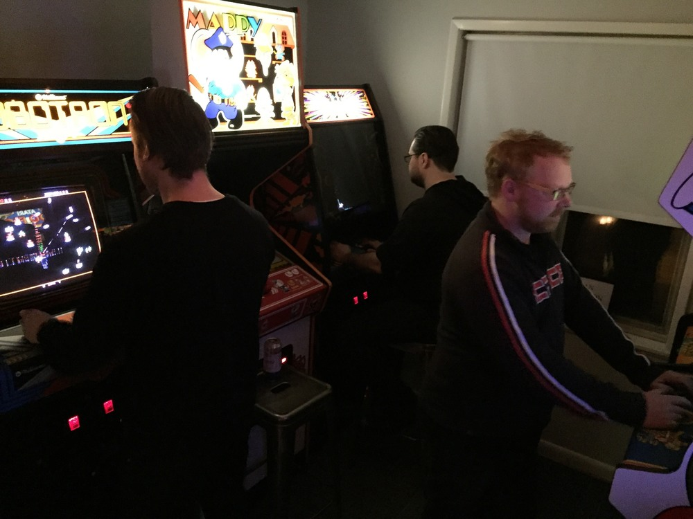Some sick torture room,where we were forced to play games - The Sputnik Arcade.