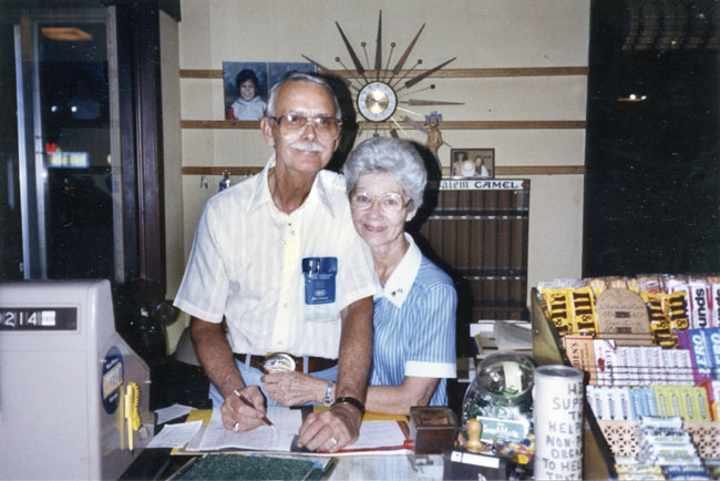 Mr. & Mrs. Skeeter (image courtesy of  Jackson Sun  archives).