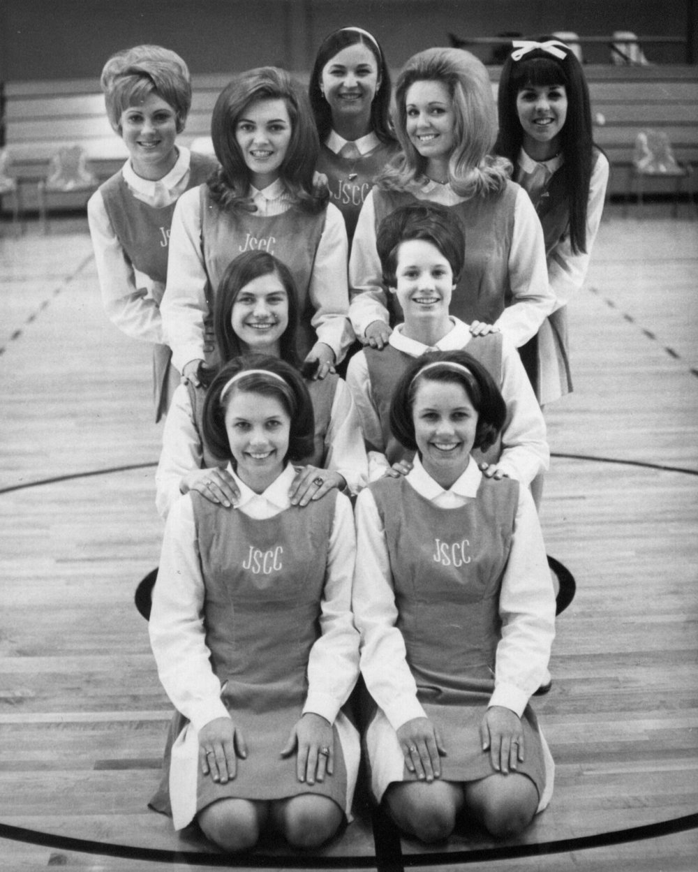 Cheerleaders, 1960s