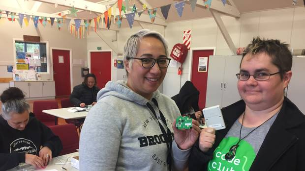 NZ Herald: Hīria Te Rangi (left) and Brenda Wallace are two of the founders of Whare Hauora, a charity making sensors for people to measure the heat and humidity in their homes. Photo / Melissa Nightingale