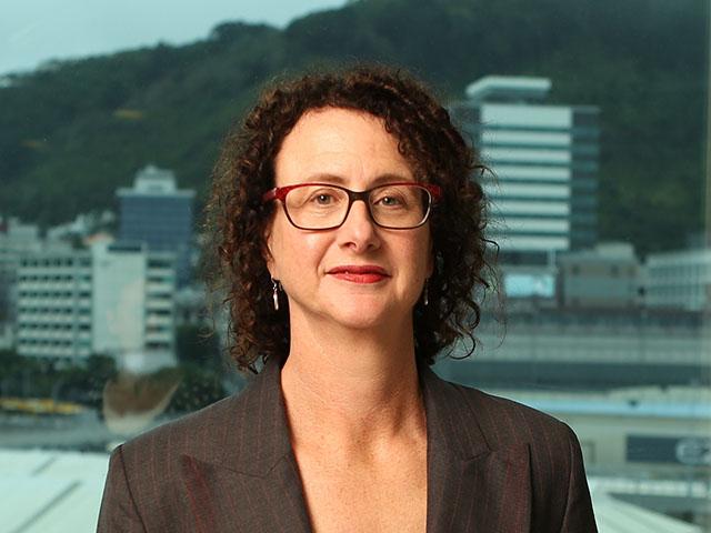 Liz MacPherson.jpg