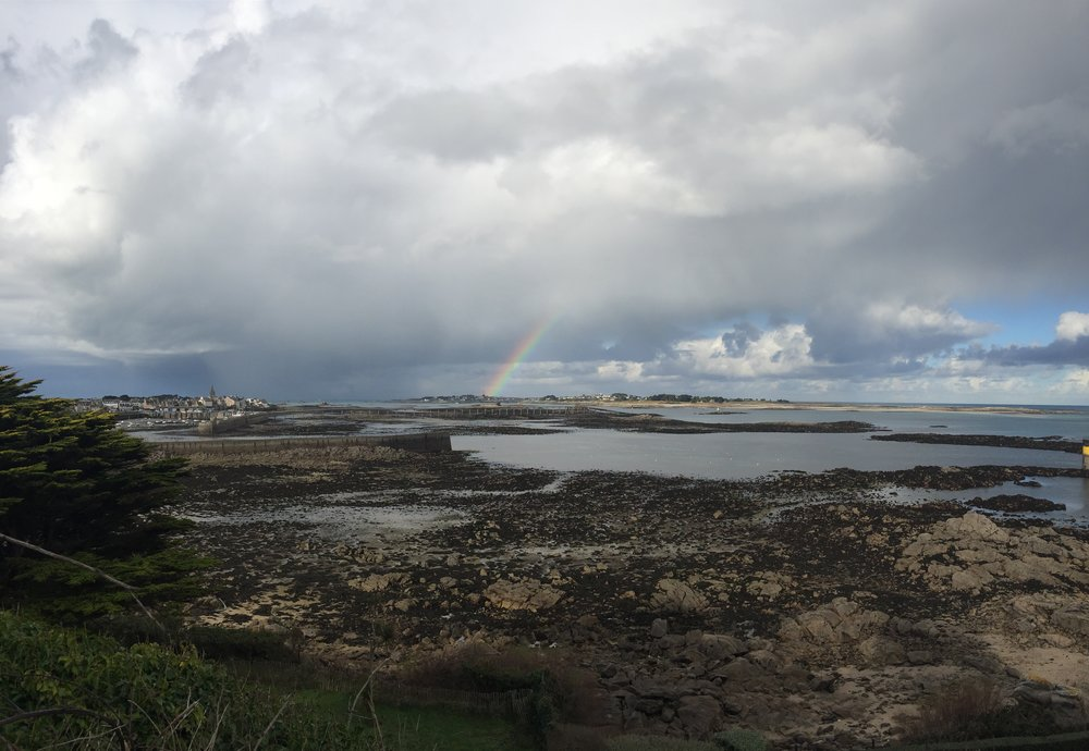 Storm clouds and rainbow over Ile de Batz (view from Chapelle Sainte Barbe)