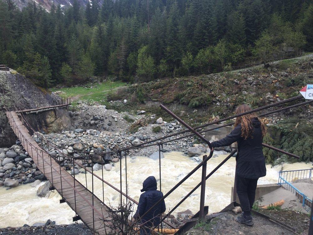 Jill does not like suspension bridges