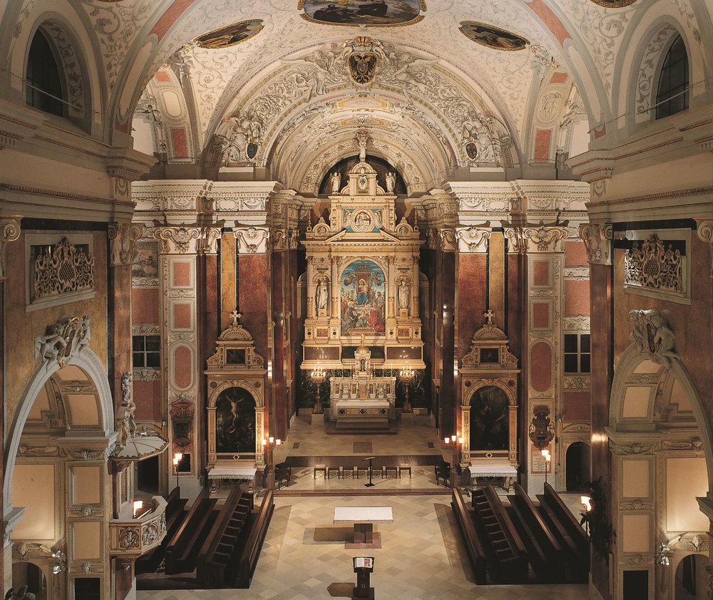 Schottenkirche wien:Gesamtansicht des Presbyteriums nach der Restaurierung