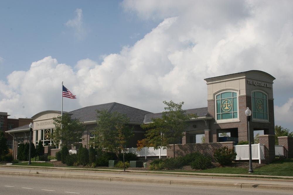 The Equitable Bank - Brookfield (2).JPG
