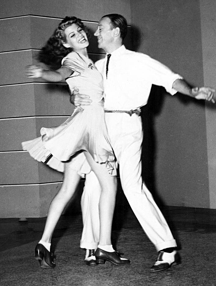 Astaire-Hayworth-dancing.JPG
