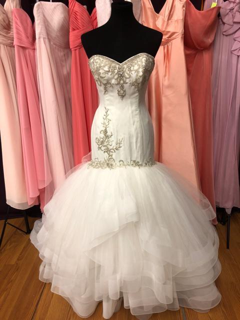 Lovelle Lazaro - Size: 12OUR Price: $1004