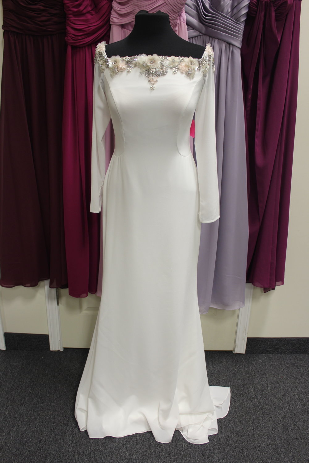 Rosa Clara - 20852-2Location: WoodburySize: 10This dress is brand NEW!Original Retail Price: $1999OUR Price: $1303