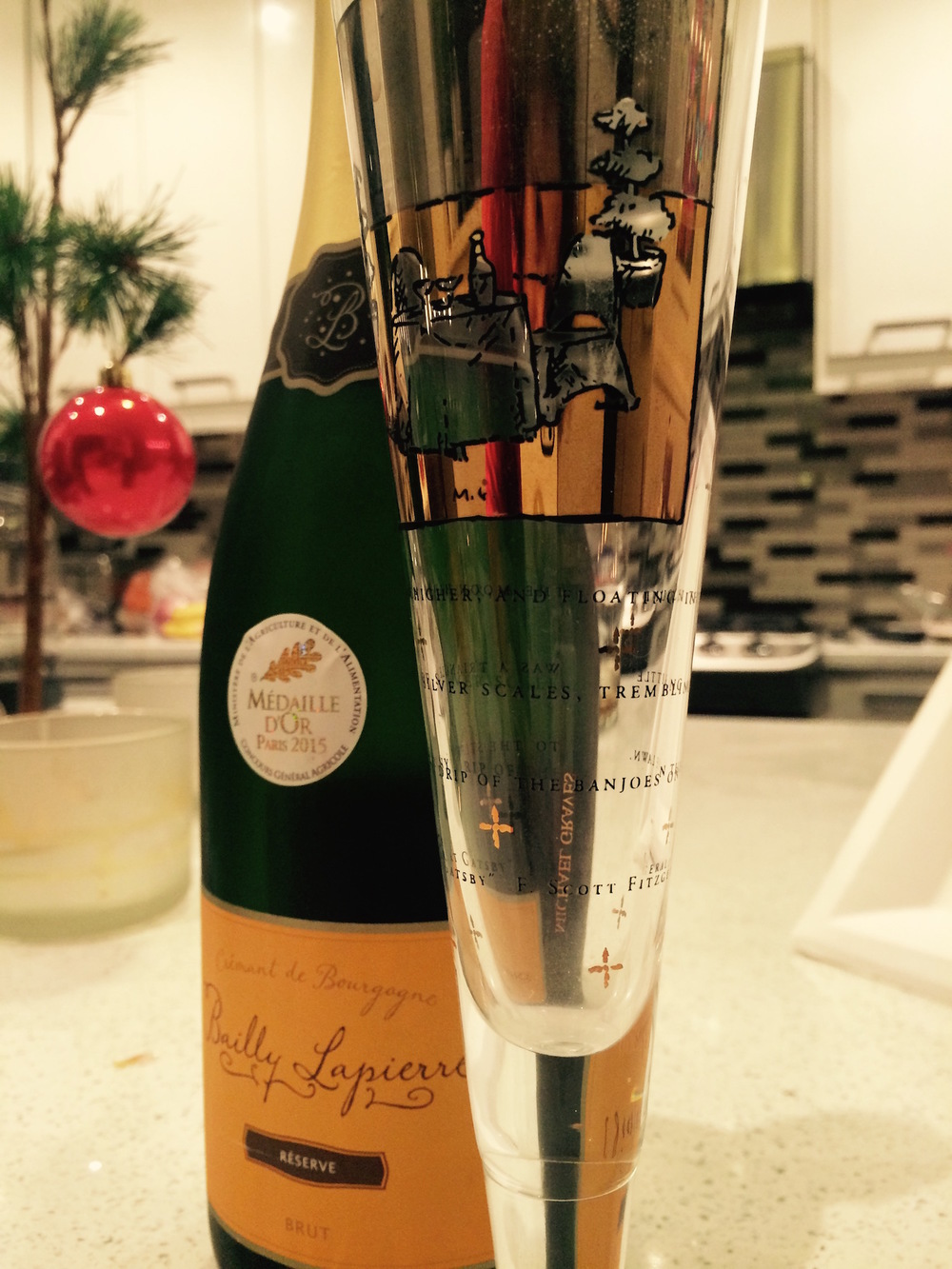 I can read and toast the New Year at the same time with this Champagne flute – it's printed with a quote from  The Great Gatsby .