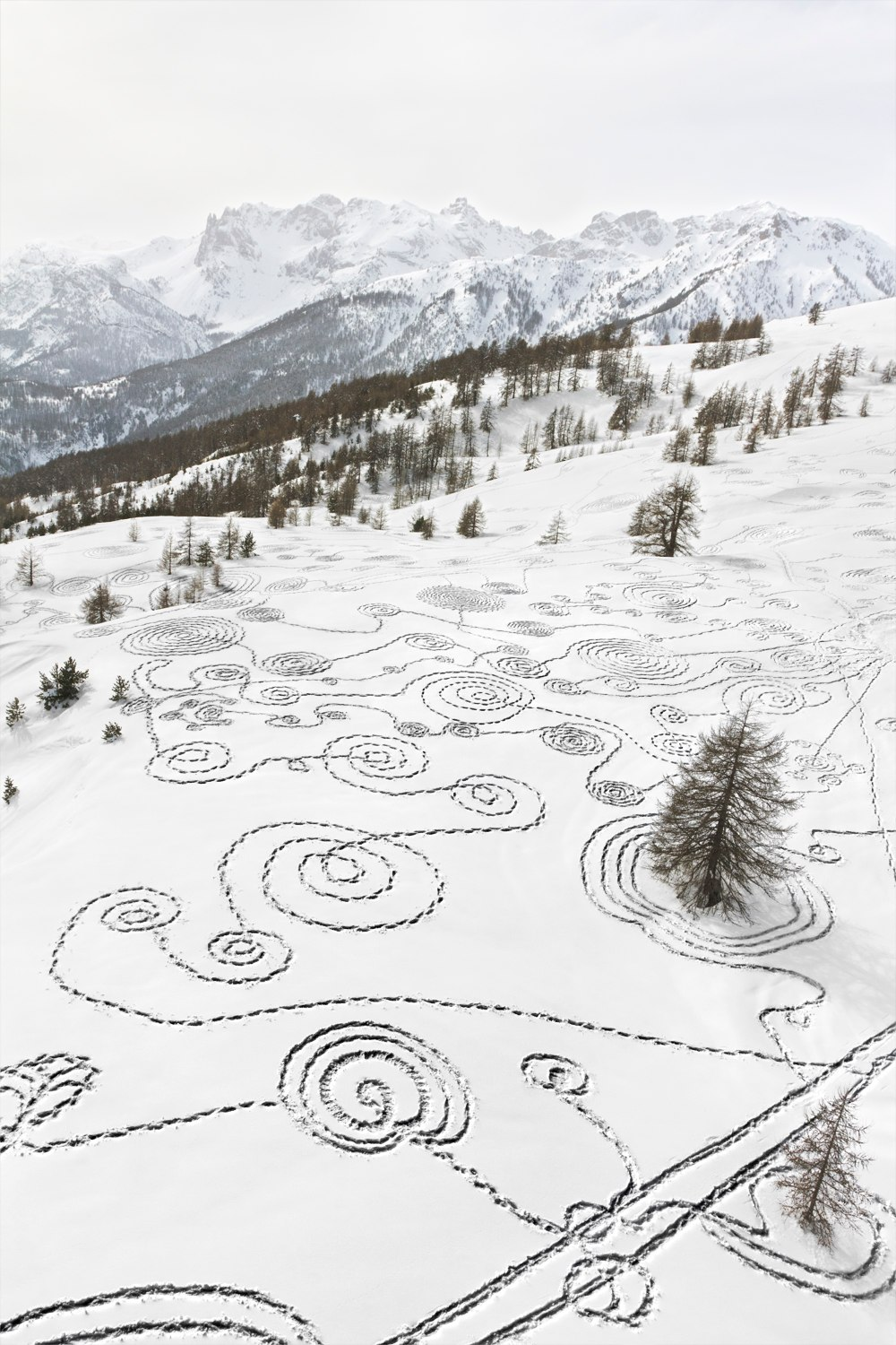 Sonja Hinrichsen Snow Drawings- Briancon, France - 0880, 2014 archival photo inkjet print on Hahnemuehle Fine Art paper 25.5 x 36 inches
