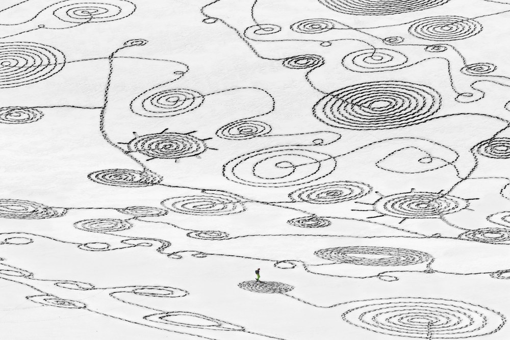 Sonja Hinrichsen Snow Drawings- Eychauda, France - P4843, 2014 archival photo inkjet print on Hahnemuehle Fine Art paper 36 x 70 inches