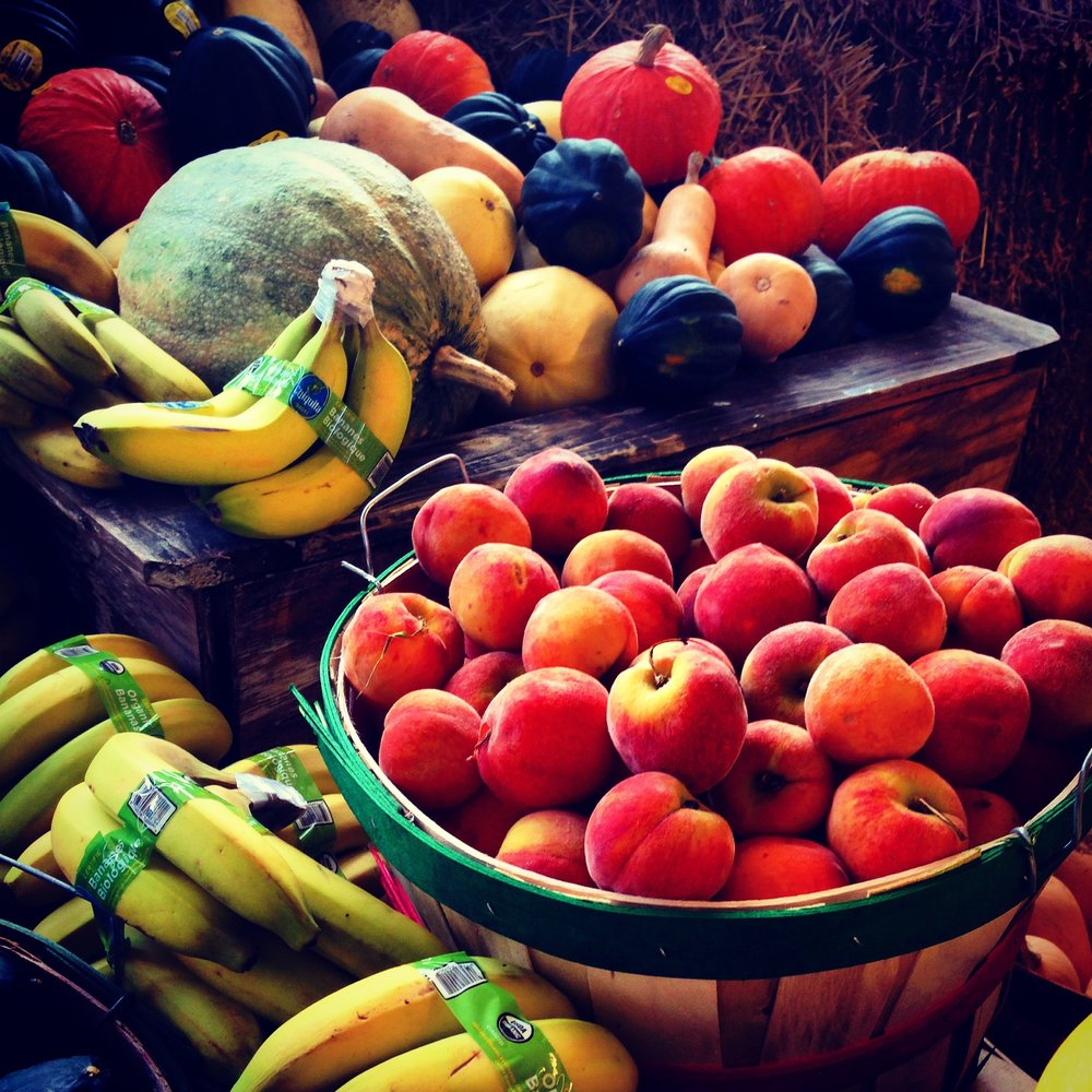 apples-bananas-basket-220911.jpg