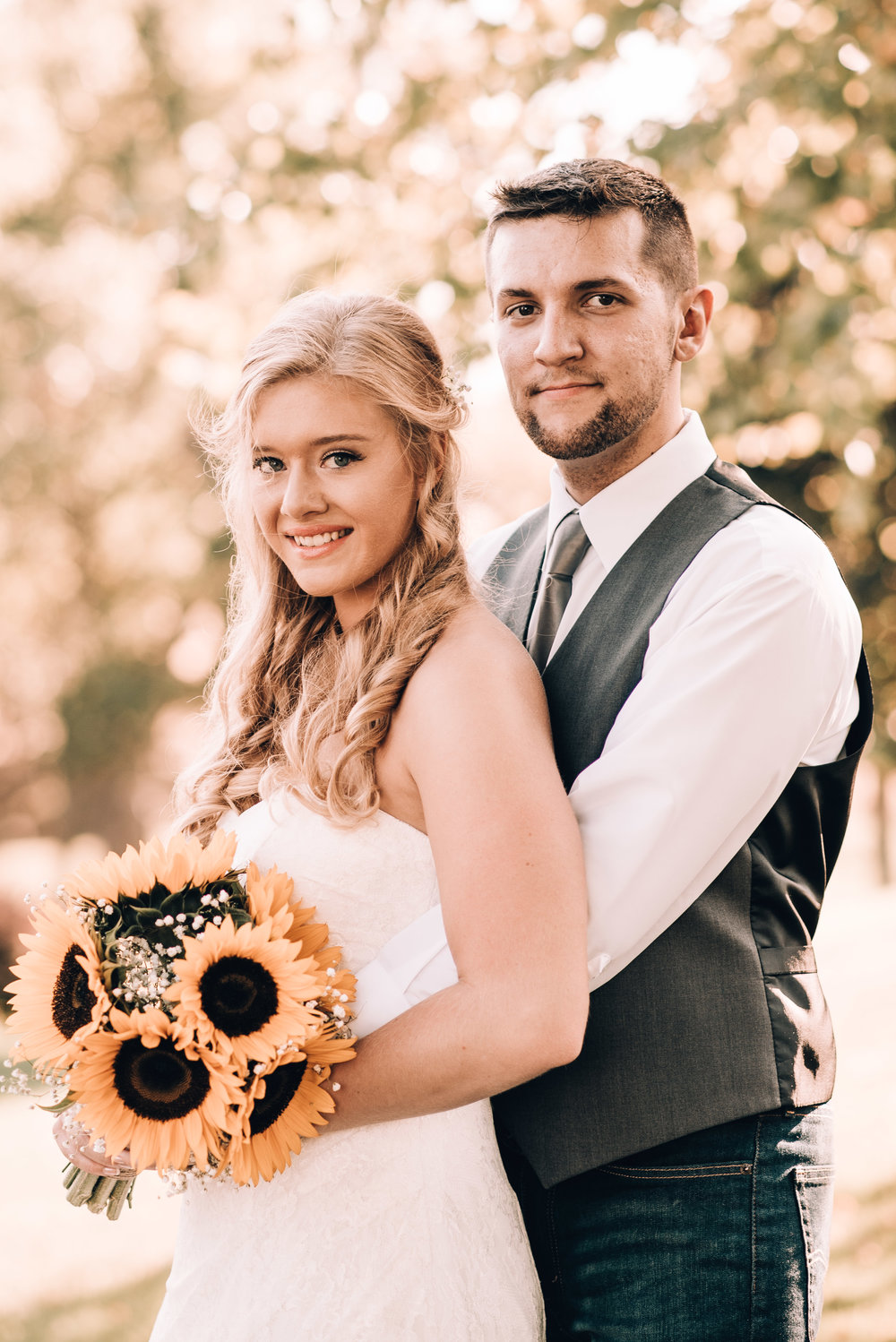 JordanWhitneySept.22.2017_Bride&Groom-12.jpg
