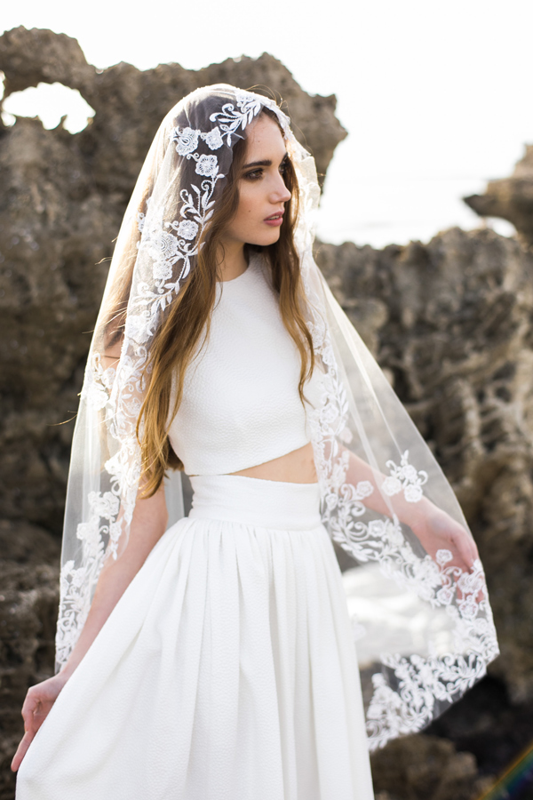 EMBROIDERED BRIDAL VEIL WITH FLORAL EDGE STYLE 004 vii.jpg
