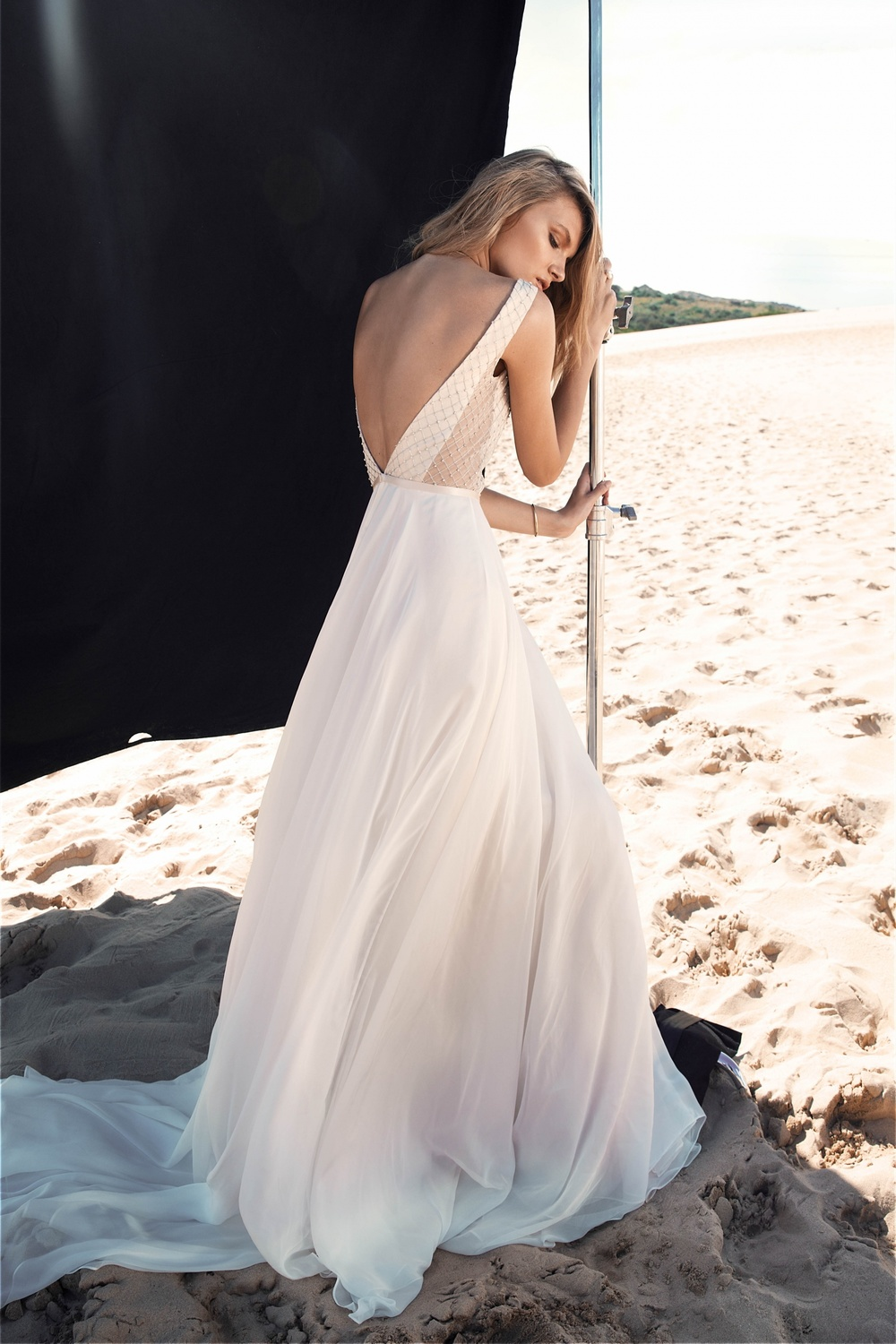 LOVE FIND CO. // ONE DAY BRIDAL 'Blessed Are The Curious' - Harper Gown