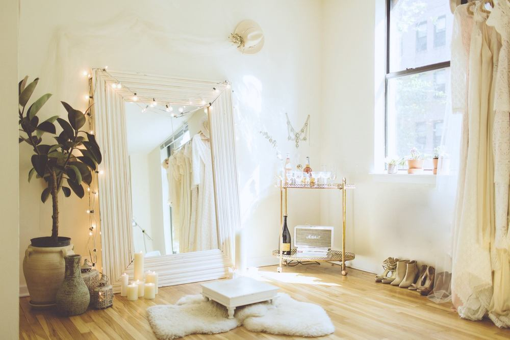 LOVE FIND CO. // Girl Boss with Brittany & Ash of Daughters Of Simone