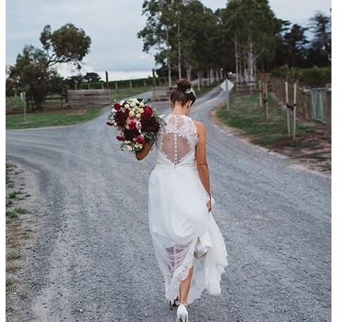 LOVE FIND CO. // GIRL BOSS // Bridal Gown designer Karen Willis Holmes