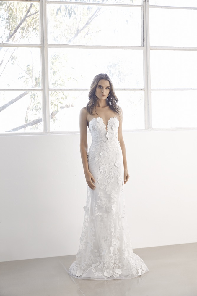 Suzanne Harward Allure Wedding Dress as featured on LOVE FIND CO.