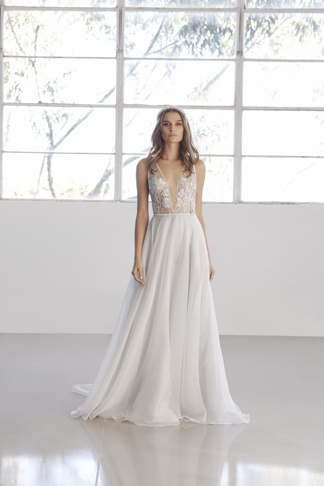 Suzanne Harward Aurora Wedding Dress as featured on LOVE FIND CO.