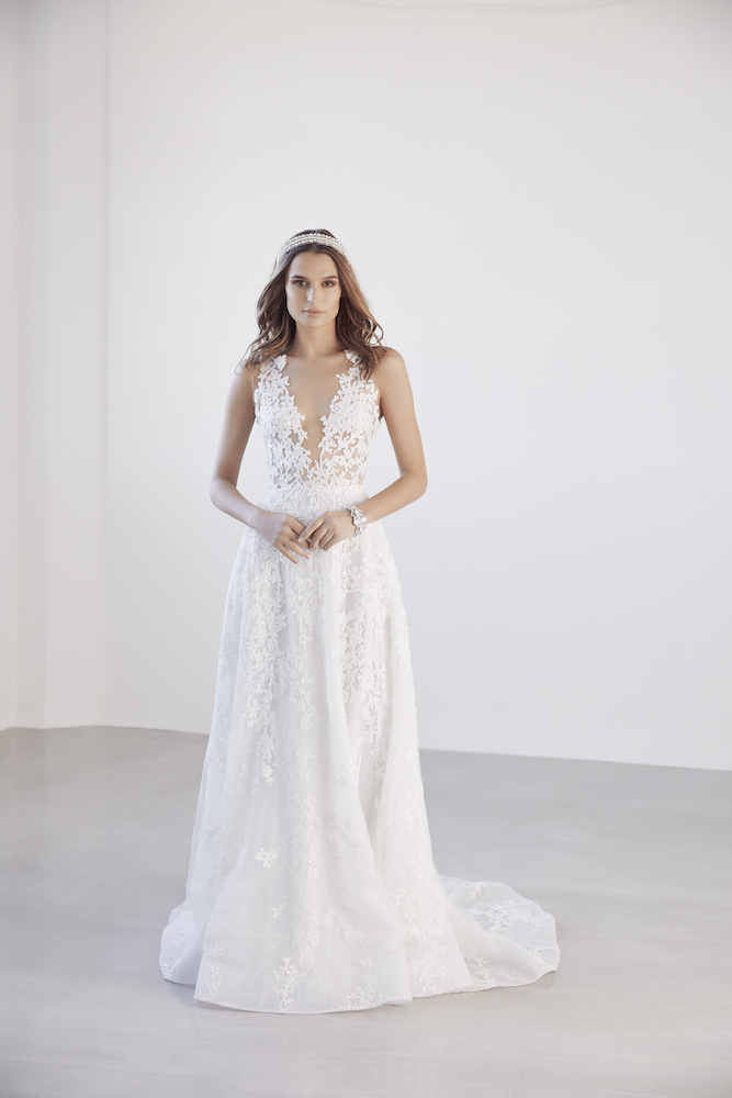 Suzanne Harward Divinity Wedding Dress as featured on LOVE FIND CO.