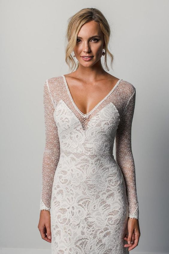 Grace Loves Lace wedding dress featured on LOVE FIND CO.