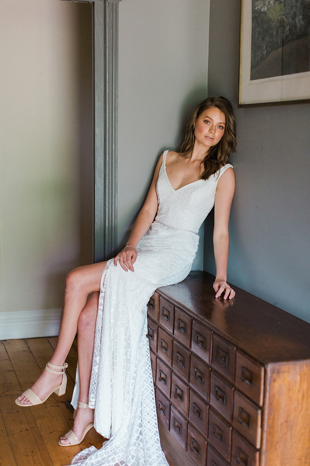 Bobby wedding dress by Karen Willis Holmes featured on LOVE FIND CO.
