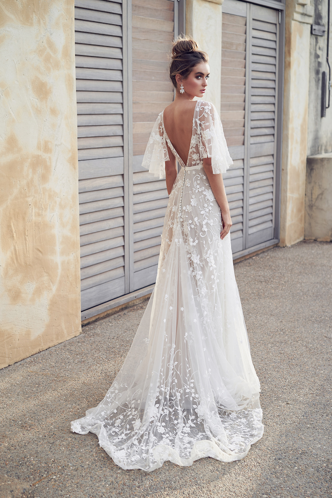 Amelie wedding dress by Anna Campbell features on LOVE FIND CO.