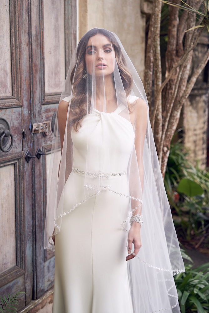Rebekah wedding dress by Anna Campbell featured on LOVE FIND CO.