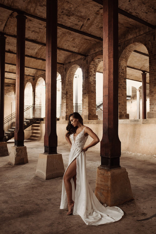 Hera Couture bridal dress featured on LOVE FIND CO.