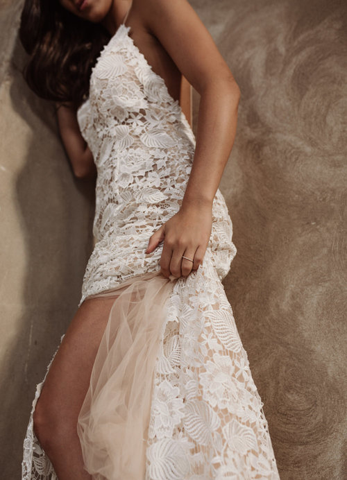 Hera Couture Della Pieta wedding dress featured on LOVE FIND CO.