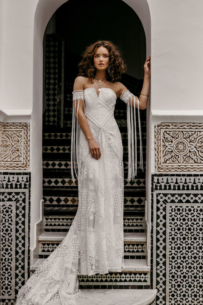 The Farah wedding dress from Rue De Seine featured on LOVE FIND CO.
