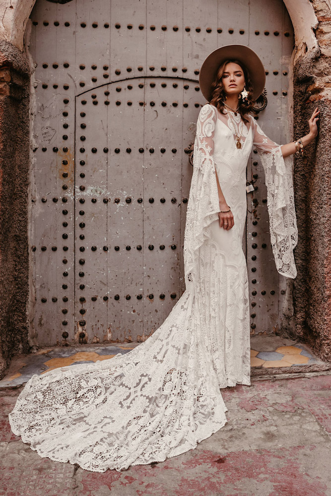 The Sia wedding dress from Rue De Seine featured on LOVE FIND CO.