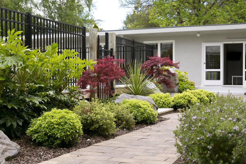 Garden by one bedroom poolside rooms-min.jpg