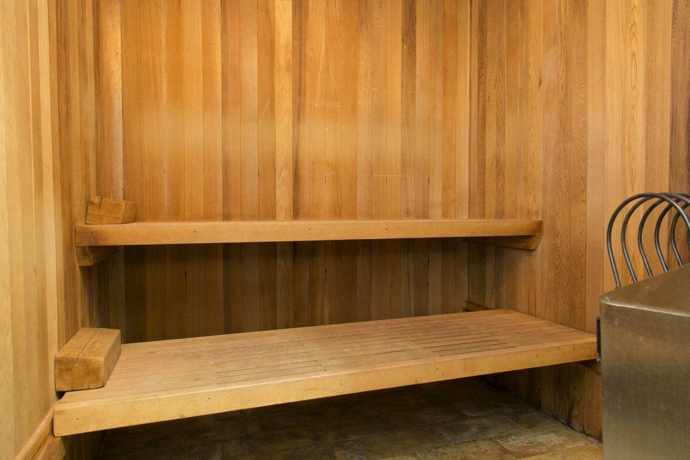 sauna 1-min.jpg