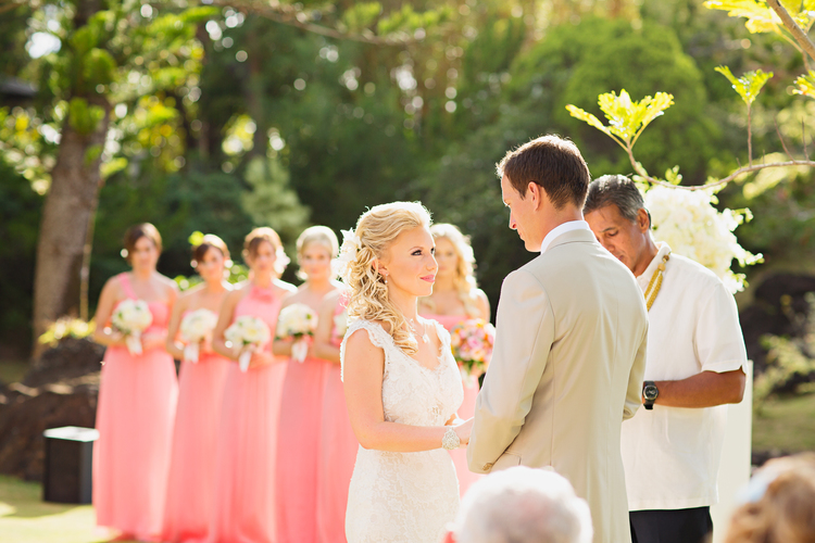 Modern weddings hawaii sweet classic hawaii wedding junglespirit Image collections