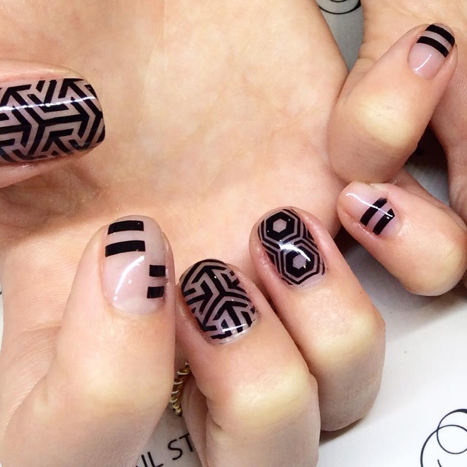 Penrith's Number one nail artist! Skye McIntyre