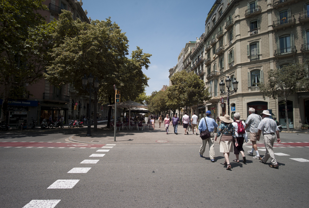 the-beautiful-streets-of-barcelona_9206851376_o.jpg