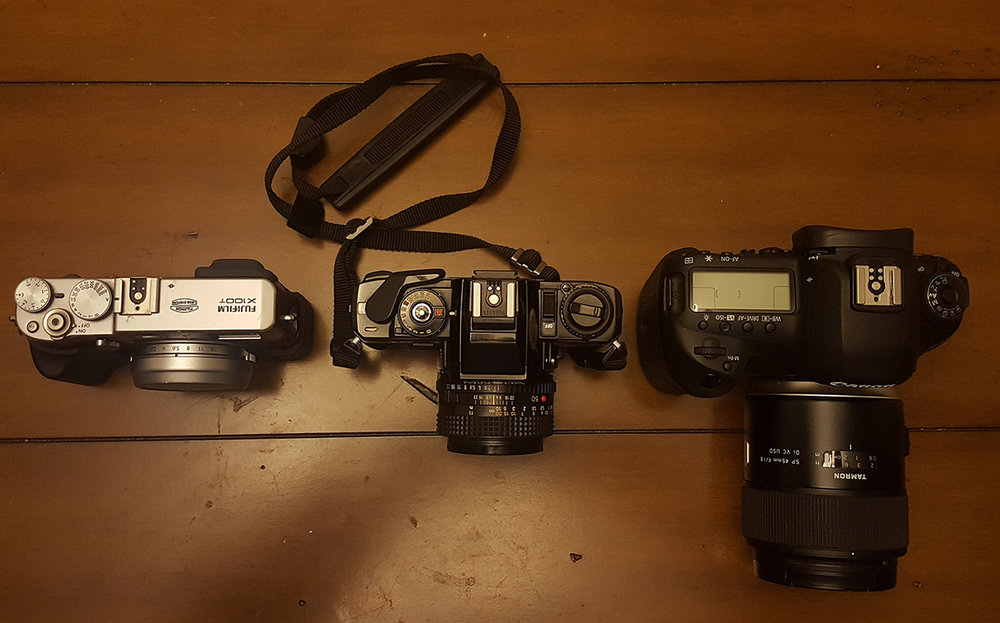 Left: Fuji X100T (with 23 mm f/2), Center: Minolta X570 (with Rokkor 50mm f/1.7), Right: Canon 5DIV (with Tamron 45mm f/1.8)