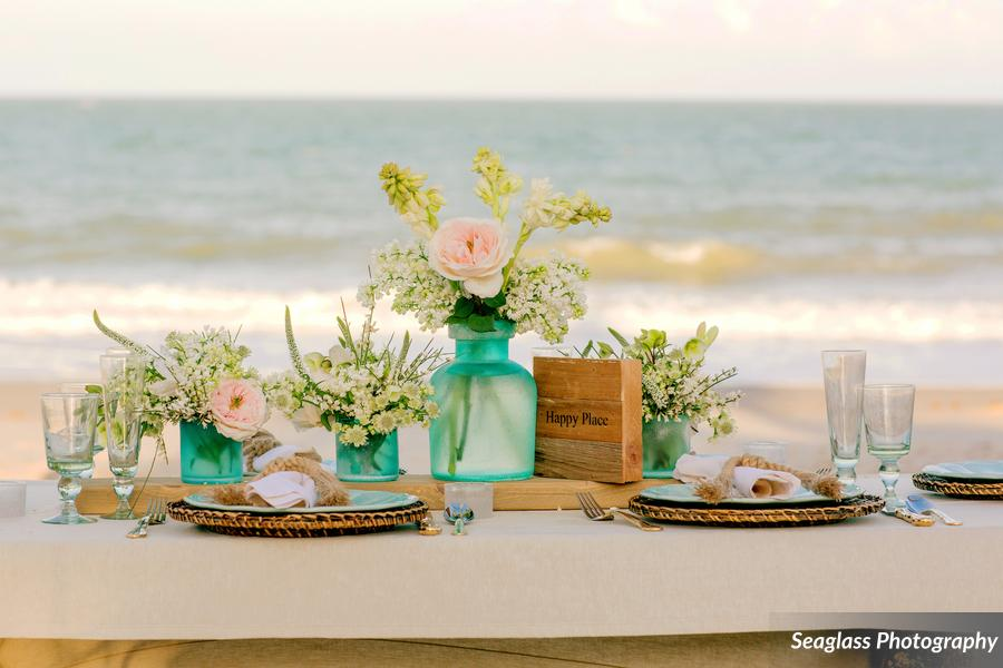 __Seaglass_Photography_SeaglassPhotoBohoWeddingLarasThemeVeroBeach010_low.jpg