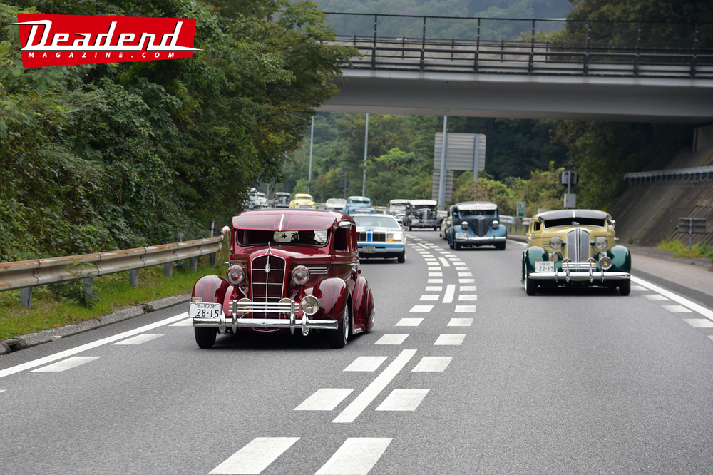 Toshi Shimizu (Deadend Magazine Japan) caught some of the Pharaohs Japan rolling to their event.