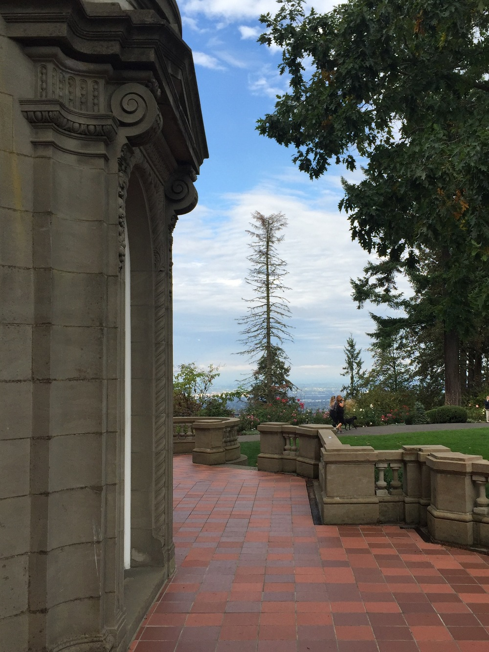 Fig 3. Pittock Mansion, Scroll Brackets in Profile, Photo by Author