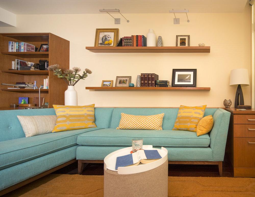 Modern condo in the pearl district. Portland condo design. Cozy and modern. Daniel House.