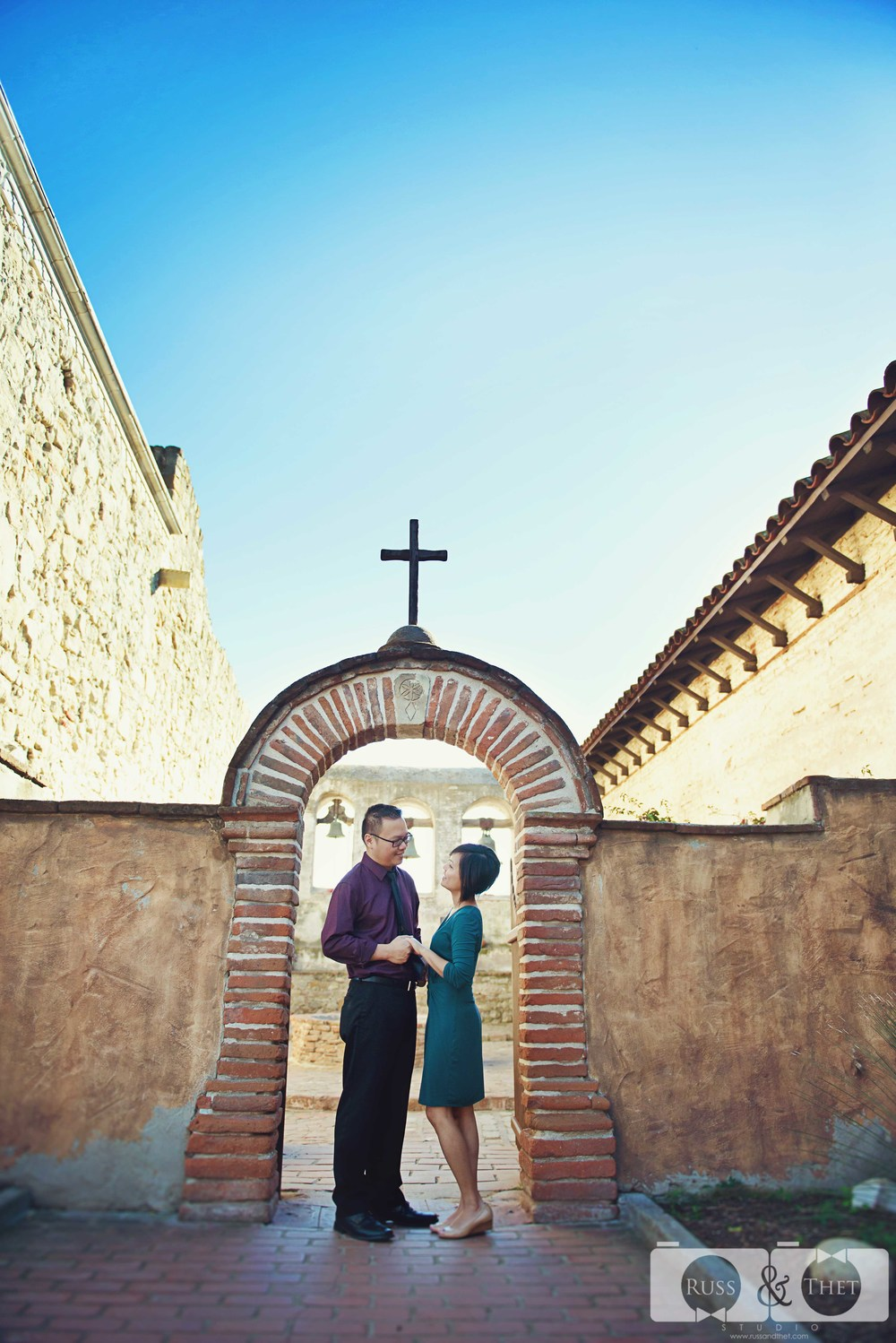 Mission-san-juan-capistrano-engagement-session-10.JPG